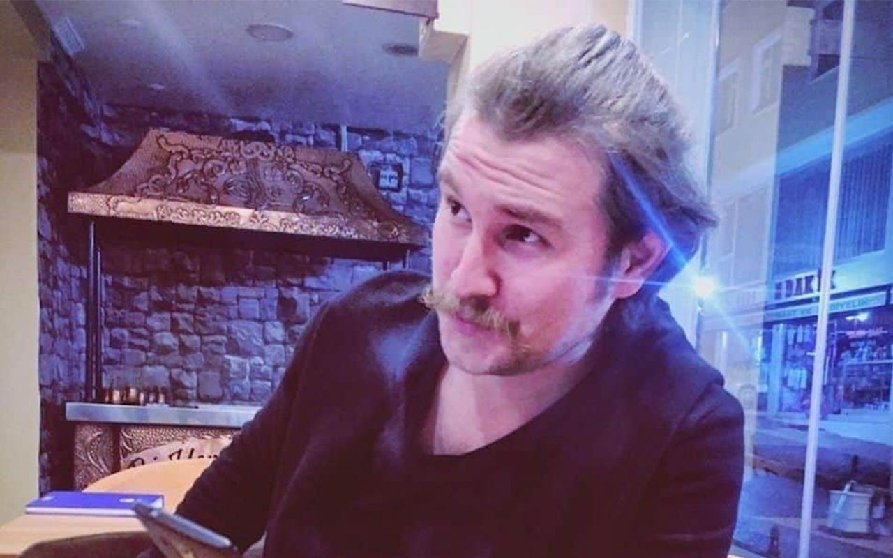 Tiyatro oyuncusu Enes Özkan saunaya girip çıktı öldü