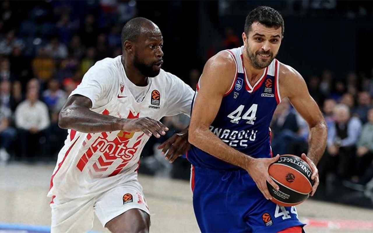 Anadolu Efes yıldız basketbolcunun sözleşmesini uzattı