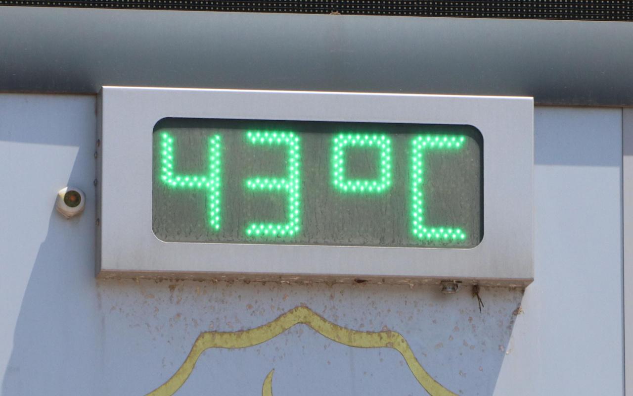 Çöl sıcağı ile Şanlıurfa'da termometre 43 dereceye vurdu