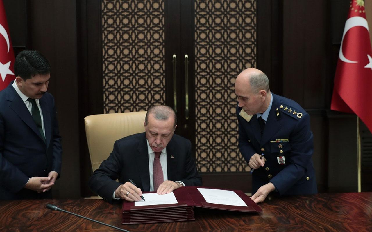 Yüksek Askeri Şura toplantısı bitti! Erdoğan Anıtkabir'de özel deftere bakın neler yazdı