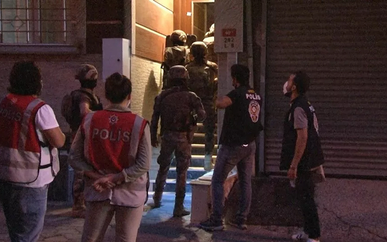 İstanbul'da çok sayıda adrese 'siber suçlar' operasyonu