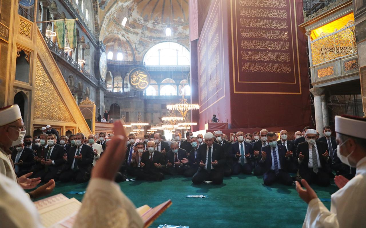 Ayasofya'da ilk Cuma namazına kaç kişi katıldı? Erdoğan rakamı açıkladı