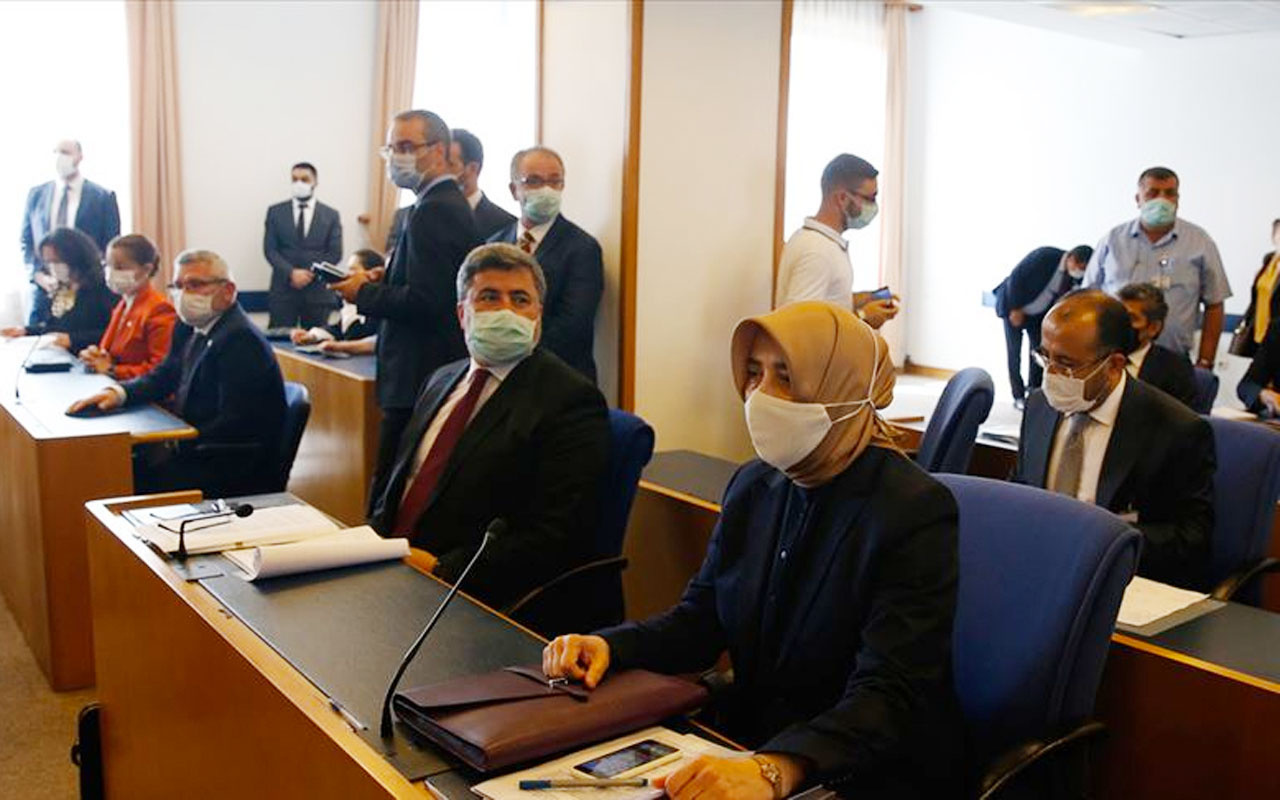 Sosyal medyaya ilişkin düzenlemeleri içeren kanun teklifi TBMM Adalet Komisyonunda kabul edildi