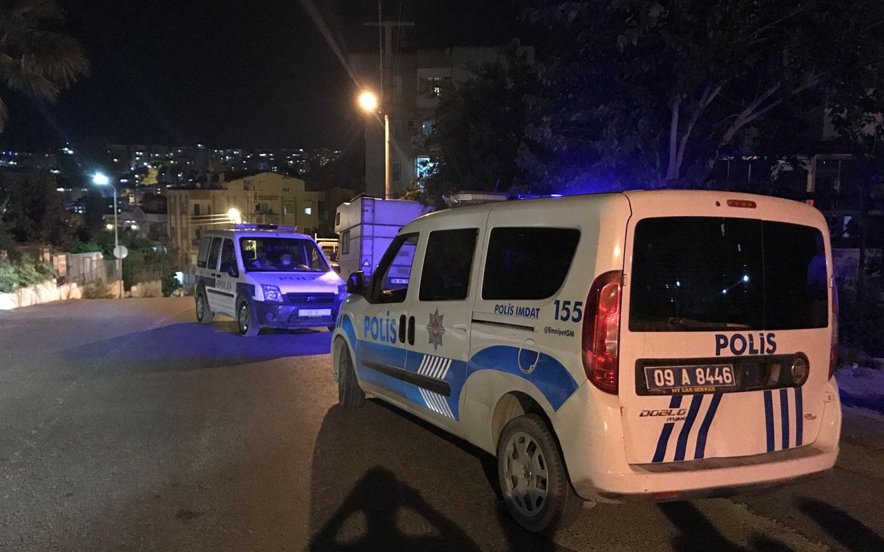 Aydın'da üvey babasını uykuda yakalayıp bıçakladı
