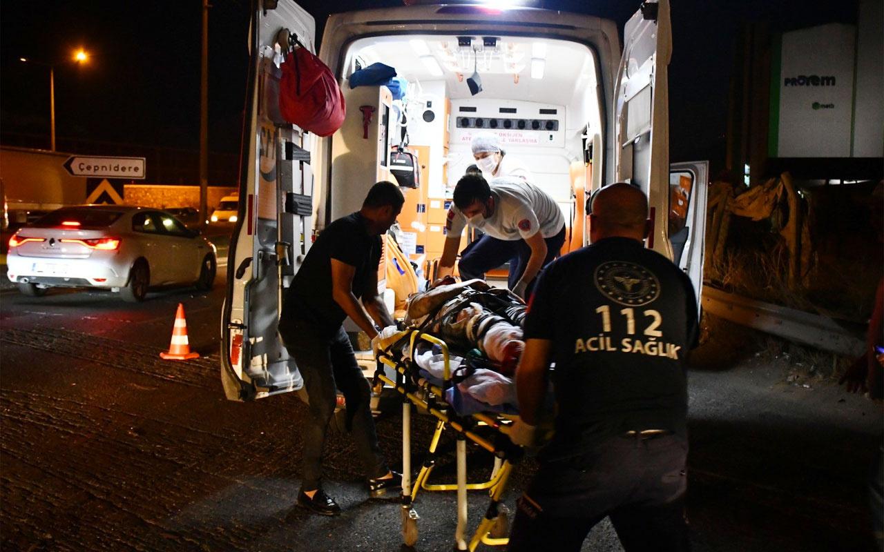 Manisa'nın Turgutlu ilçeside otomobil ile motosiklet çarpıştı sürücünün bacağı koptu