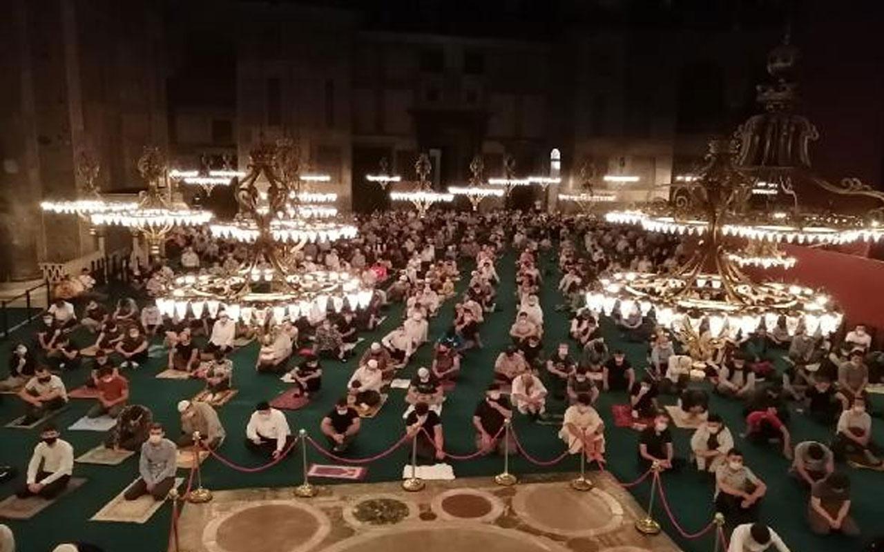 Ayasofya Camii'nde yoğunluk sürüyor