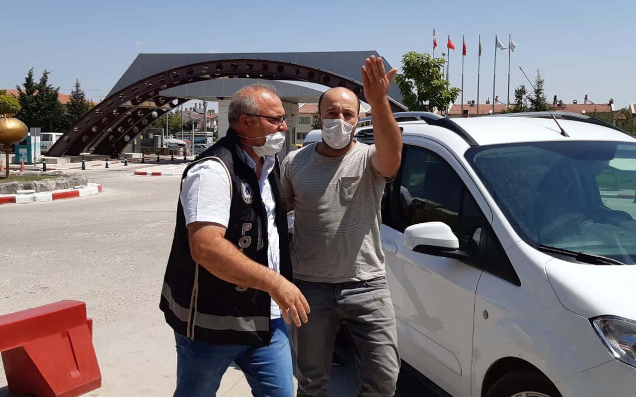 Afyonkarahisar'da yakalanan kalpazanlar gazeteciye uçan tekme attı