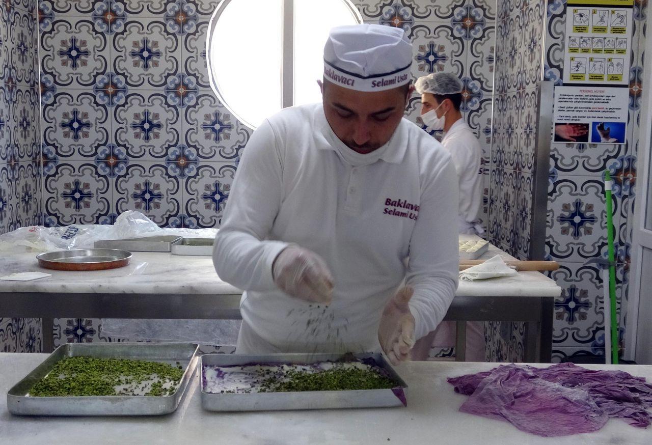 Erzurum'da üretilen mor baklavada talep patlaması! Diyabet hastalarının dostu
