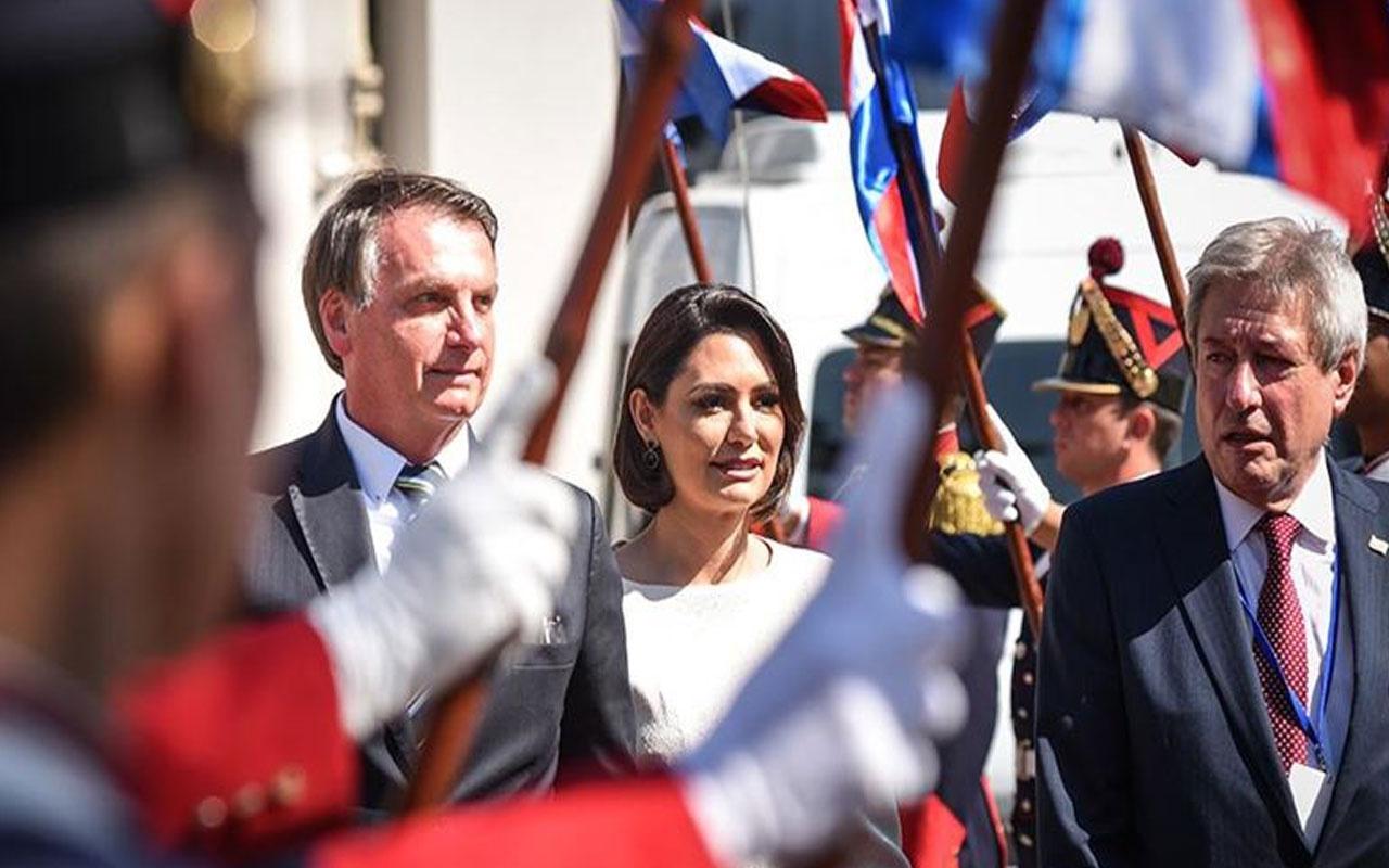 Brezilya Devlet Başkanı Bolsonaro'nun eşinde Kovid-19 tespit edildi