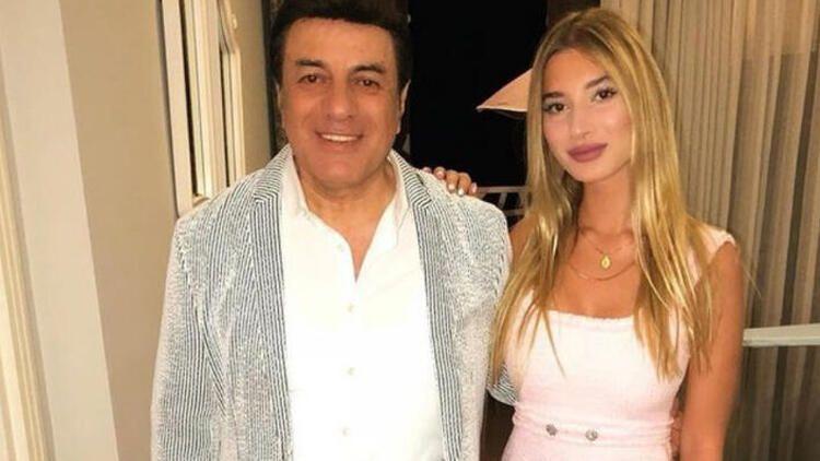 Coşkun Sabah'ın kızı Roza mayolu fotoğraf paylaştı babasından yasak geldi