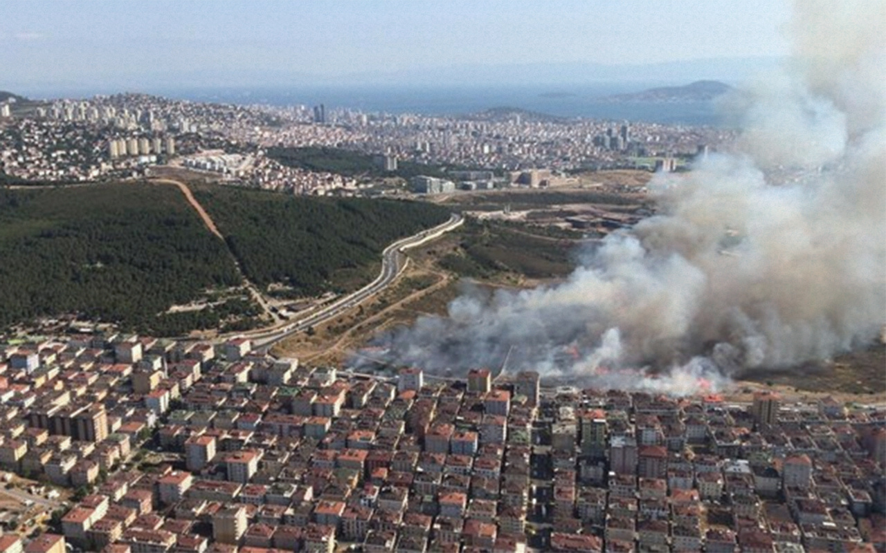 İstanbul Maltepe'deki askeri alanda yangın