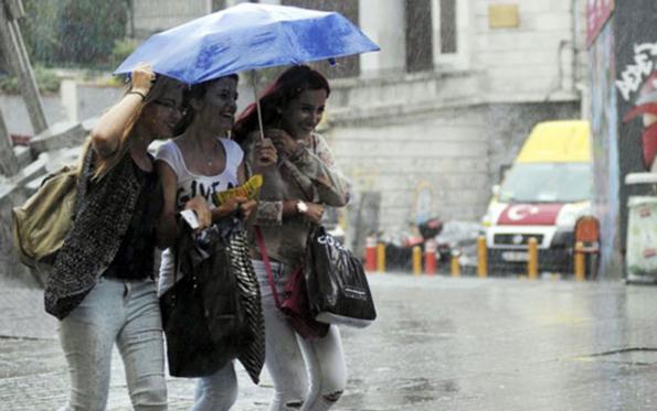 Meteoroloji'den kuvvetli sağanak uyarısı! Bu bölgelerde yaşayanlar dikkat