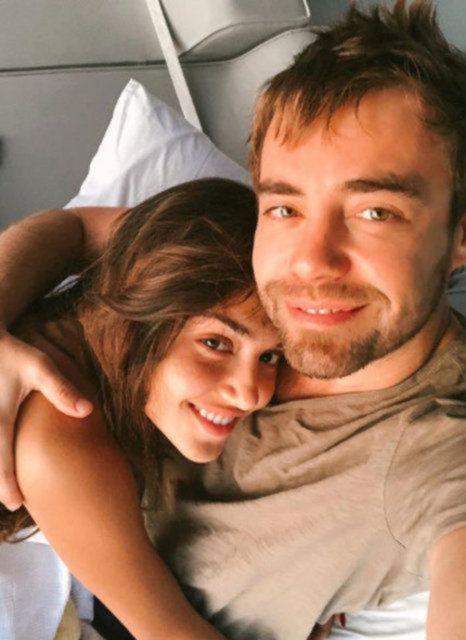 Kerem Bürsin'le öpüşmesi olaydı! Hande Erçel Murat Dalkılıç neden ayrıldı ortaya çıktı