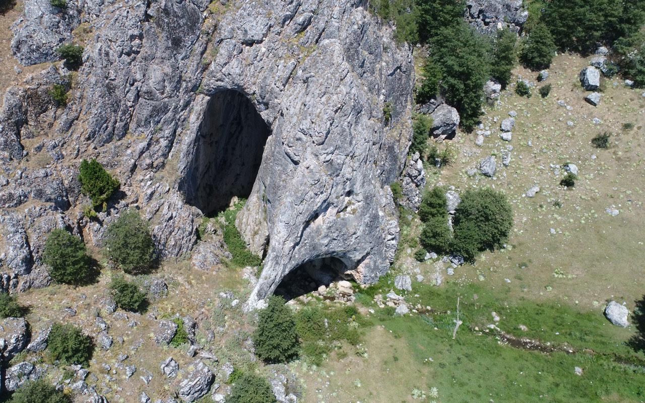 Eskişehir'den Düden mağarasına girenler Bolu'dan çıkıyor