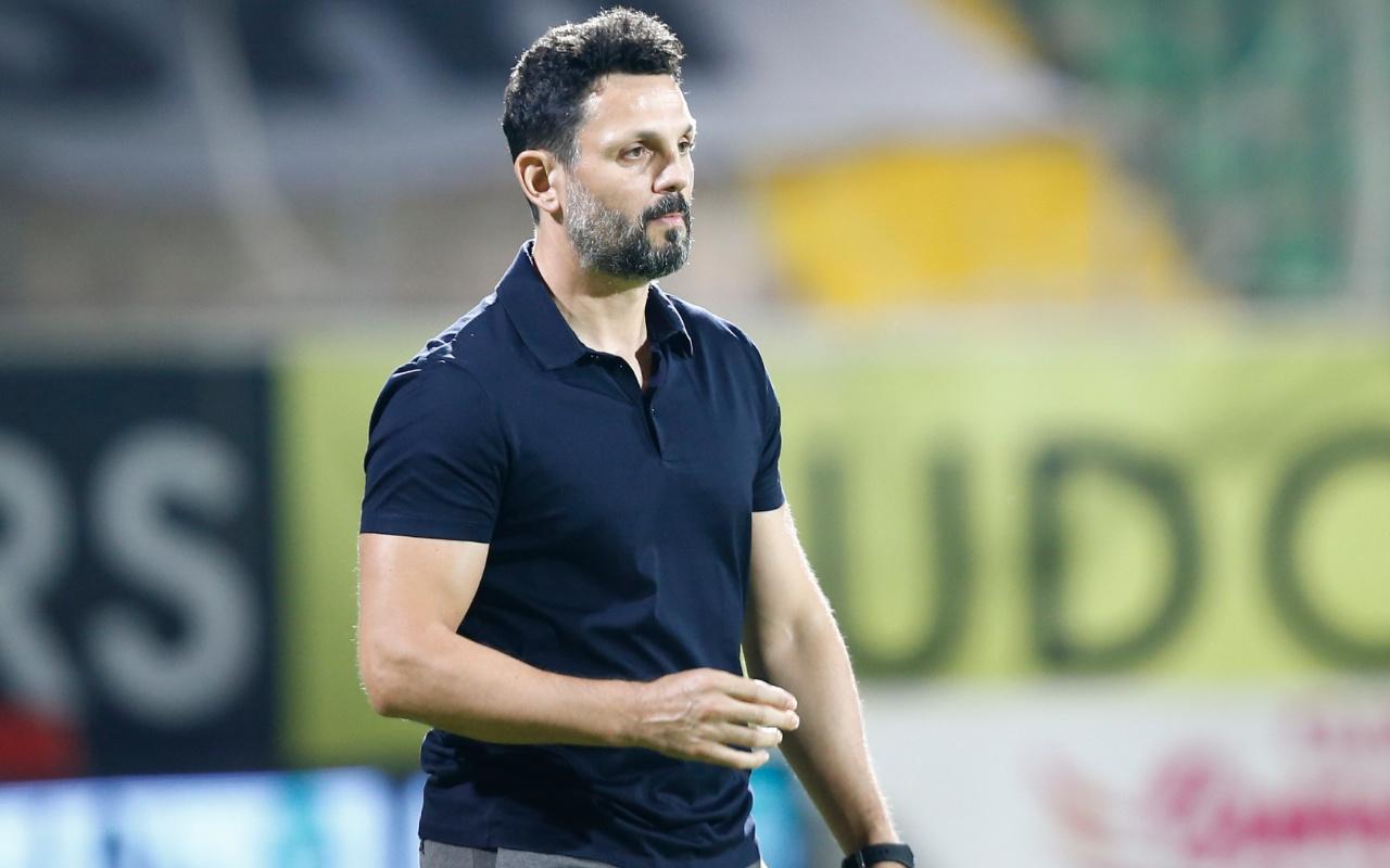 Fenerbahçe'de yeni teknik direktör resmen Erol Bulut oldu