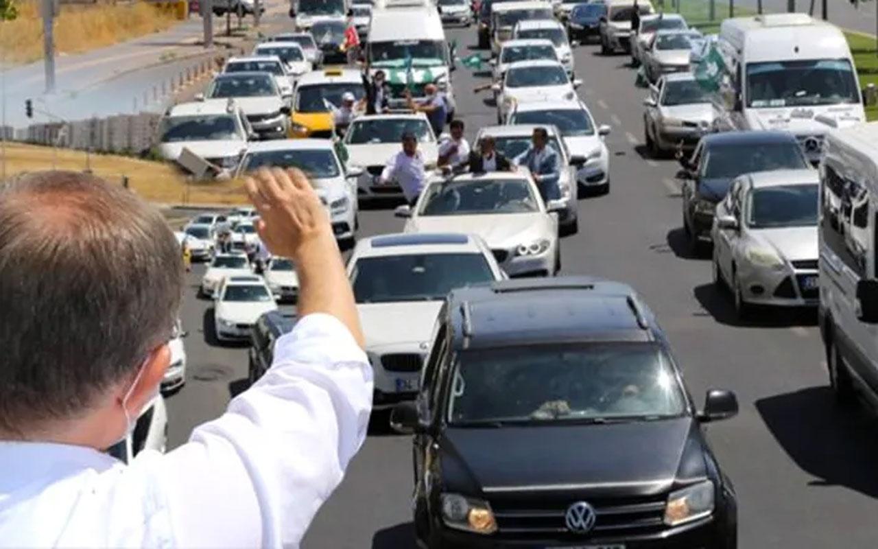 Davutoğlu'ndan Diyarbakır'da gövde gösterisi!