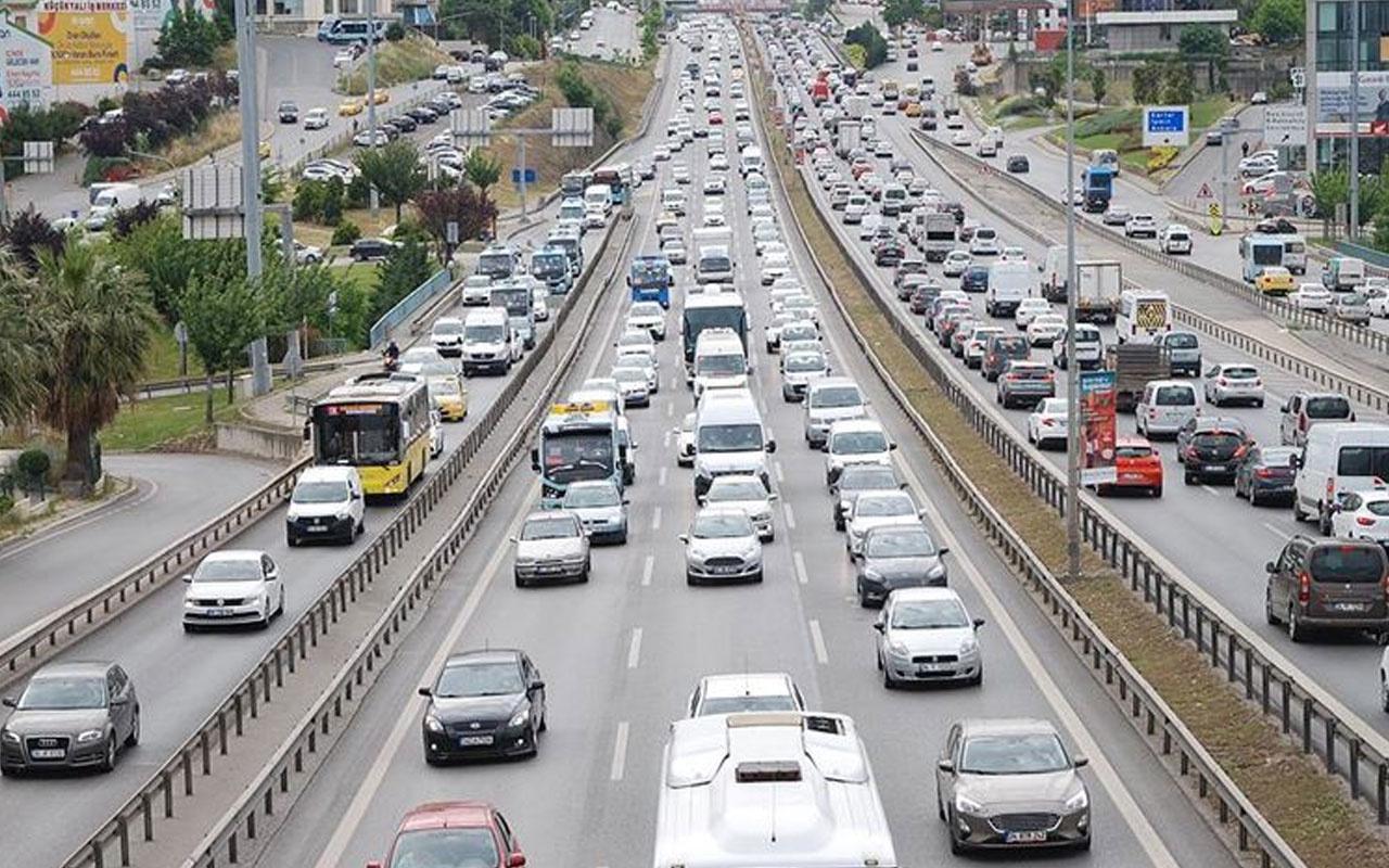 Trafik cezaları 2021 kırmızı ışıkta geçmek kaç oara oldu?