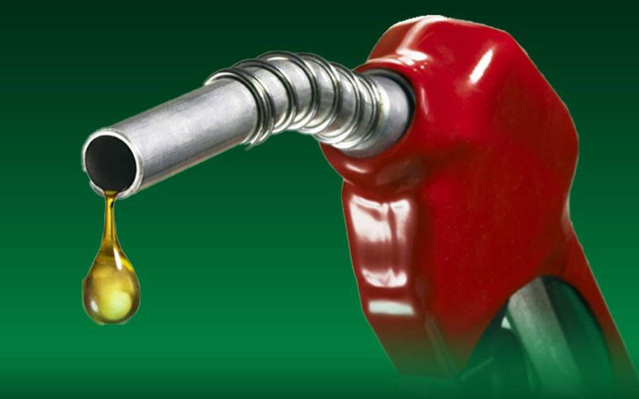 Benzinin litre fiyatına 23 kuruş zam geliyor!