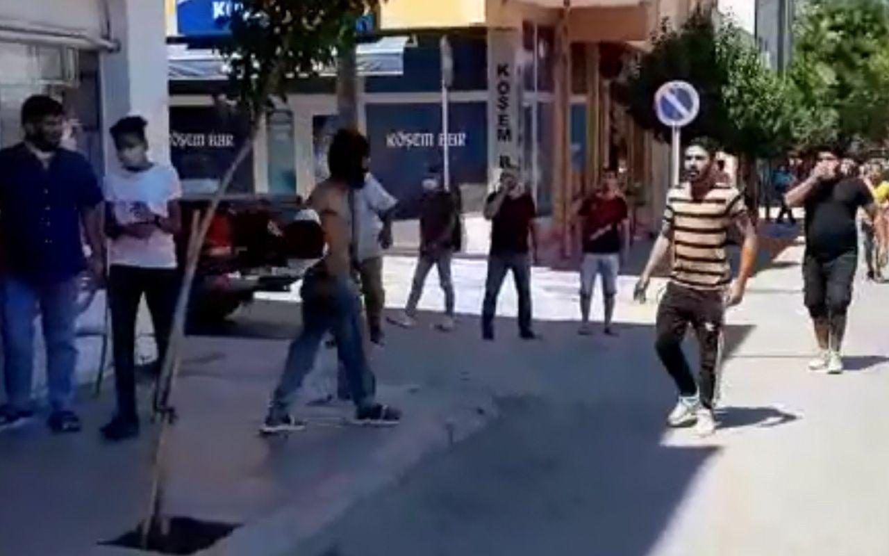 Edirne'de yayaya yumruk attı çevredekiler linçe kalkıştı! Akli dengesi bozuk iddiası
