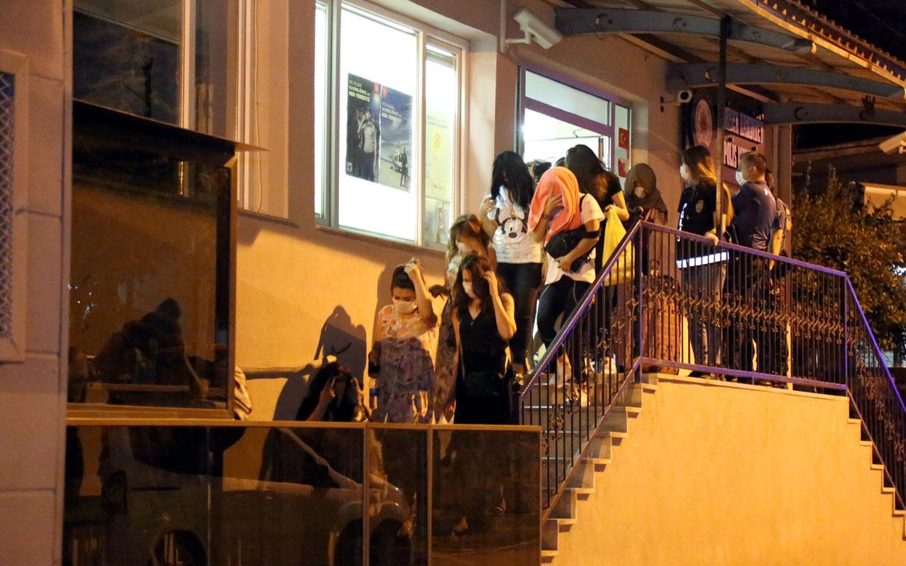 İzmir ve Muğla'da yabancı uyruklu kadınlara fuhuş yaptıran çeteye operasyon