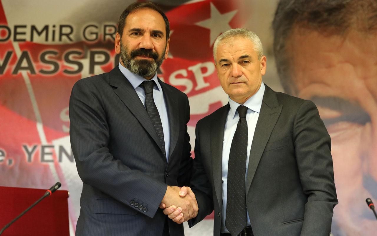 Rıza Çalımbay Sivasspor'la yola devam ediyor