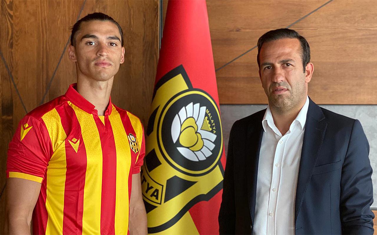 Yeni Malatyaspor iki futbolcuyu renklerine bağladı