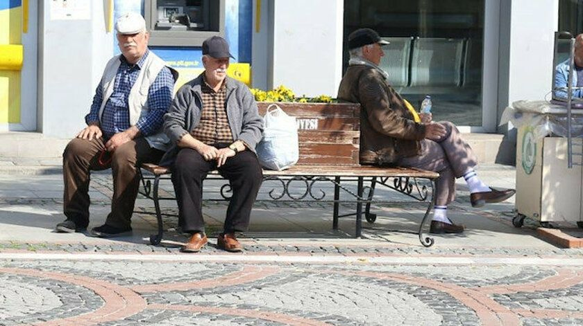 65 yaş üstüne sokağa çıkma yasağı gelen iller! 14 il var tam liste