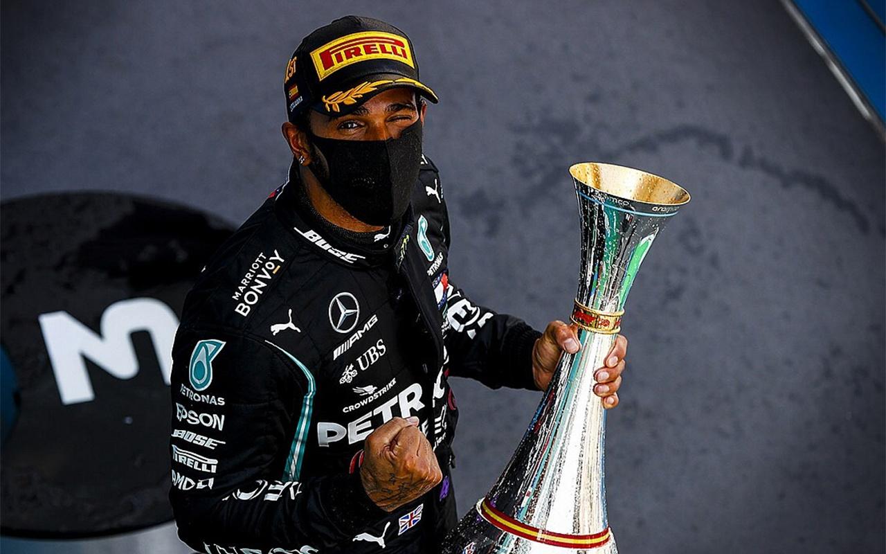 Lewis Hamilton'dan Formula 1 tarihinde yeni rekor