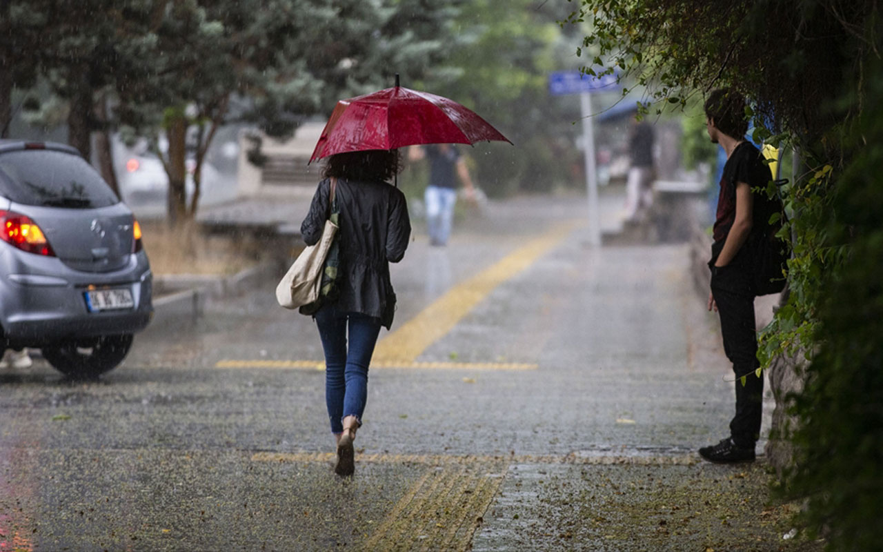 Meteoroloji şiddetli yağmur uyarısı verdi! İstanbul, Bursa, Kocaeli, Balıkesir listede