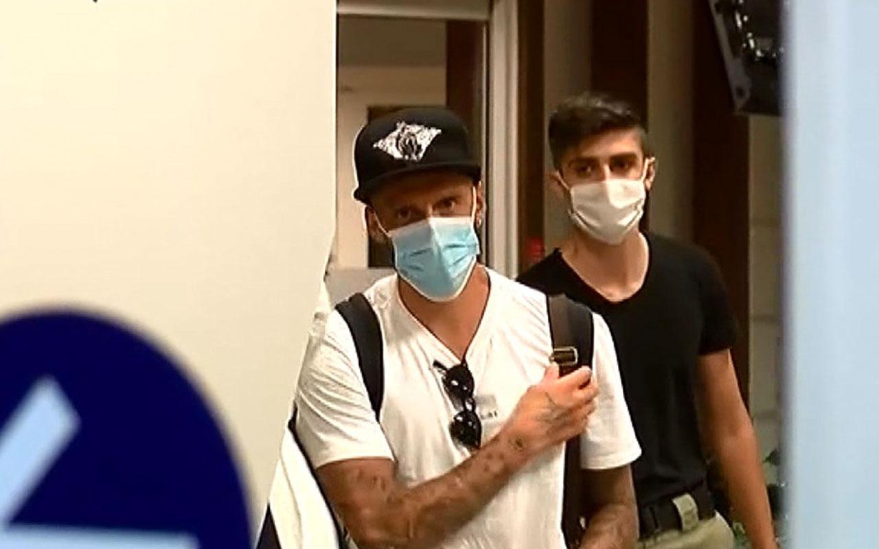 Fenerbahçe'nin anlaşmaya vardığı Jose Sosa, İstanbul'a geldi