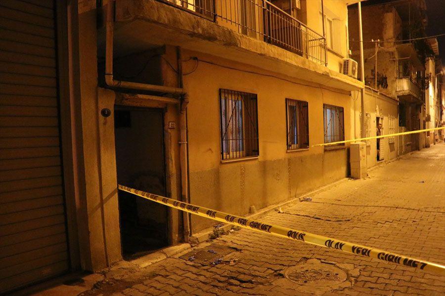 İzmir'de dehşete düşüren olay! Bir kadın vücudundaki cam kesileri nedeniyle ölü bulundu