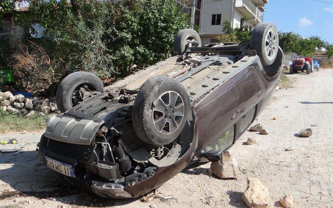 Bilecik'te kontrolden çıkan araç takla atarken, sürücü yaralandı
