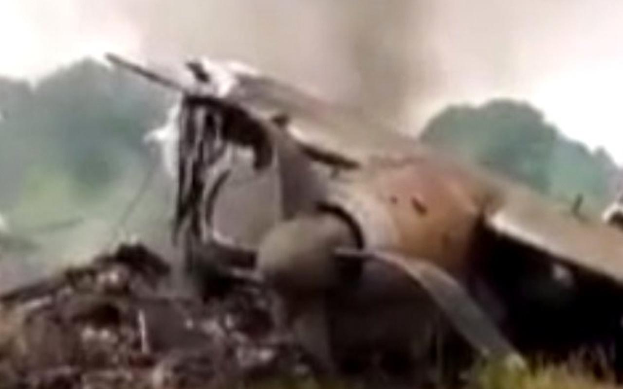 Güney Sudan'da kargo uçağı düştü  4 ölü