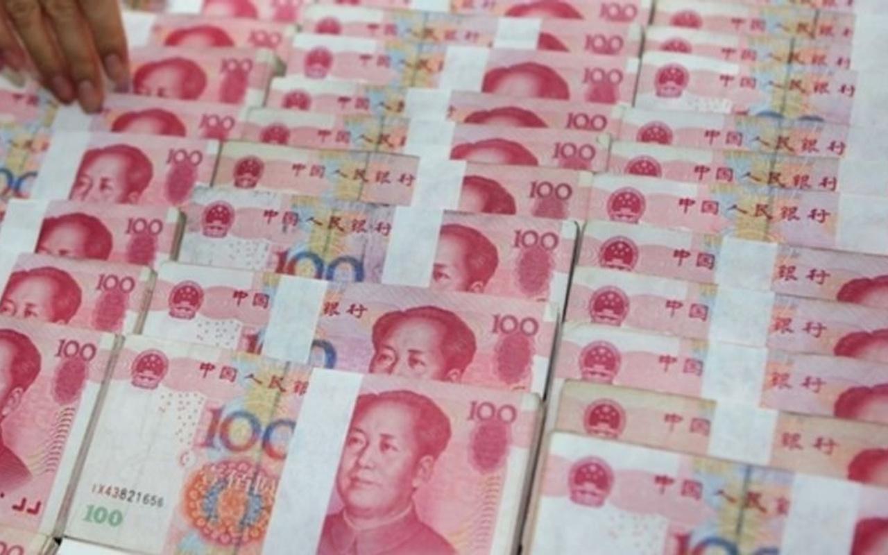 Çin'in hamlesi kavgalı olduğu ülkeyi karıştırdı!