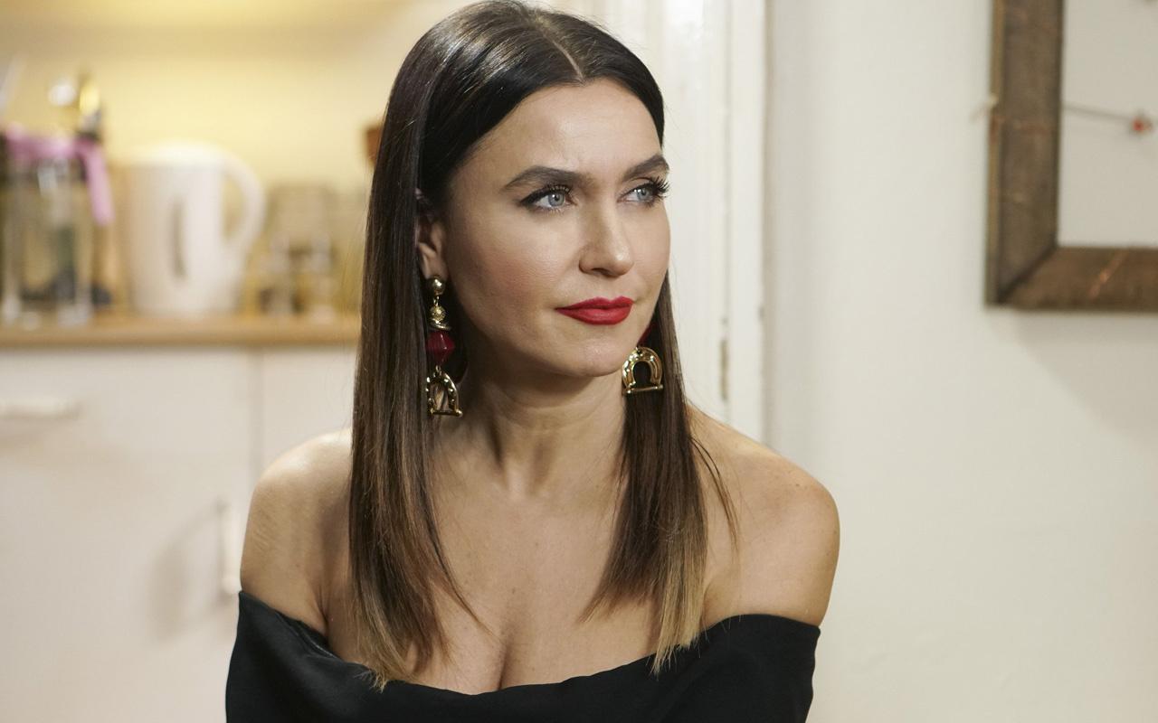 FOX TV Yasak Elma'nın yıldızı Şevval Sam müjdeli haberi sevenleriyle paylaştı