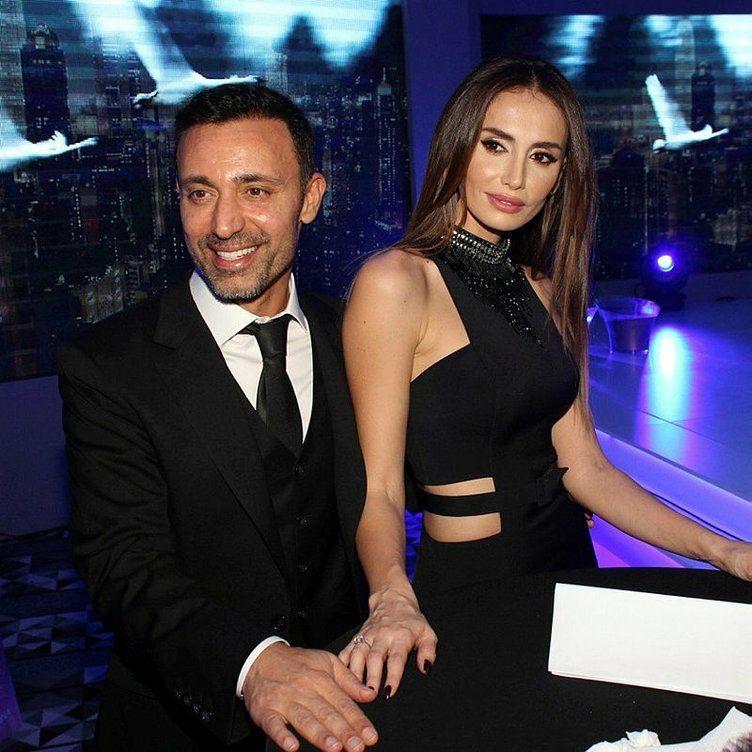 Mustafa Sandal'ın eski eşi Emina Jahovic Rona Gürçay ile aşk yaşamaya başladı