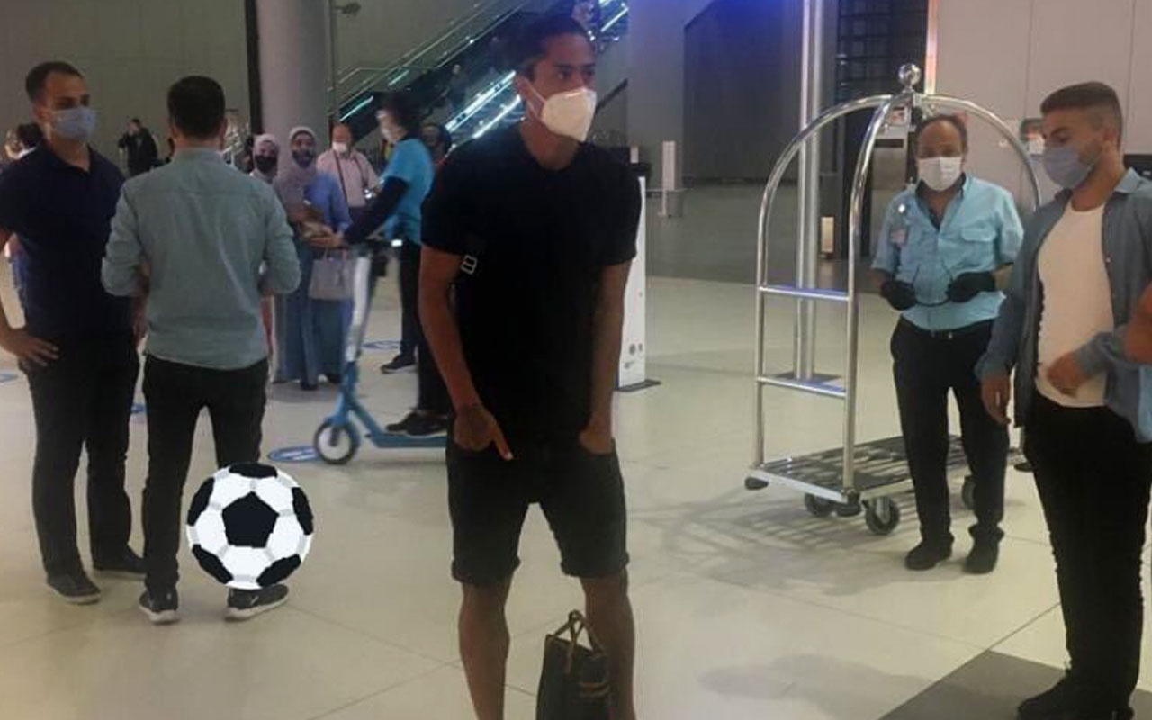 Fenerbahçe'nin yeni transferi Mauricio Lemos, İstanbul'a geldi