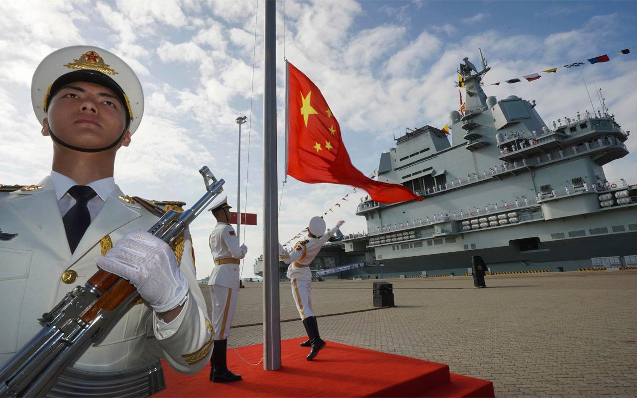 Vietnam Çin'in Güney Çin Denizi'ndeki askeri faaliyetlerini kınadı