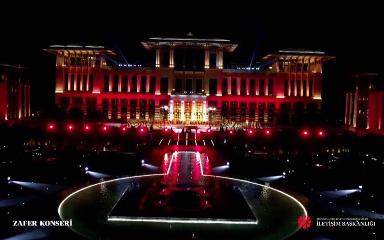 Beştepe'deki 300 İHA muhteşem gösterisi