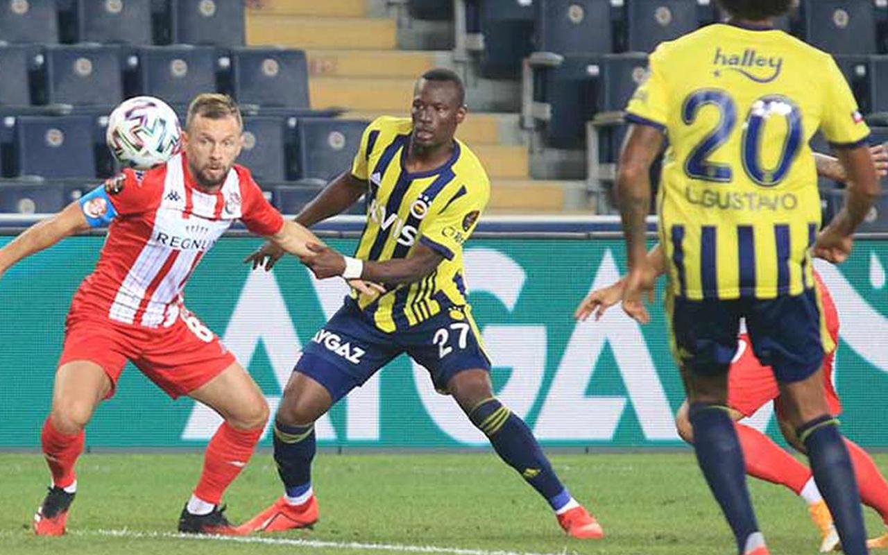 Fenerbahçe, Antalyaspor'u 4-0 mağlup etti