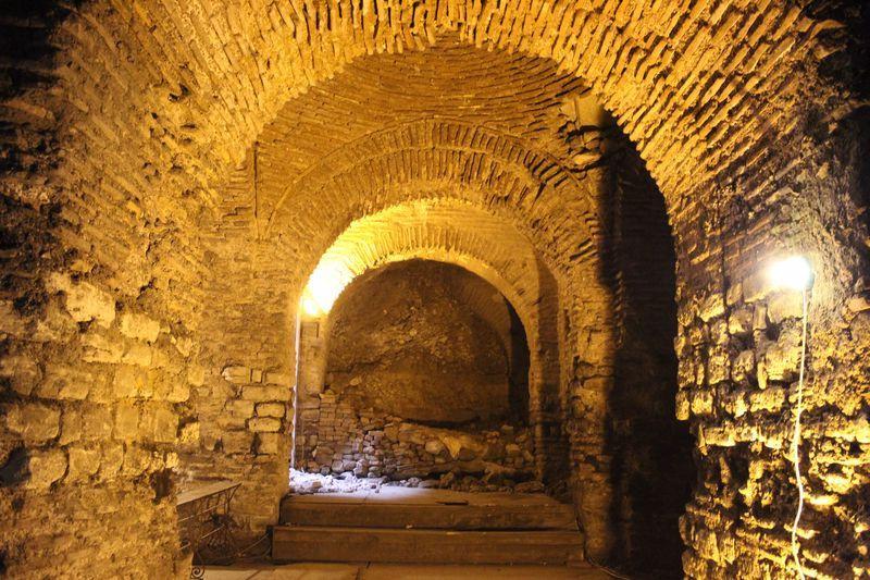 600 kamyon toprak çıkarıldı! İstanbul'un gizli sarayı ortaya çıktı