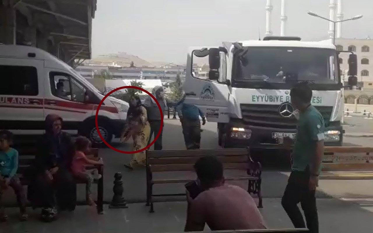 İnsanlık ölmemiş dedirten şoför Şanlıurfa'da çöp kamyonuyla hastaneye yetiştirdi