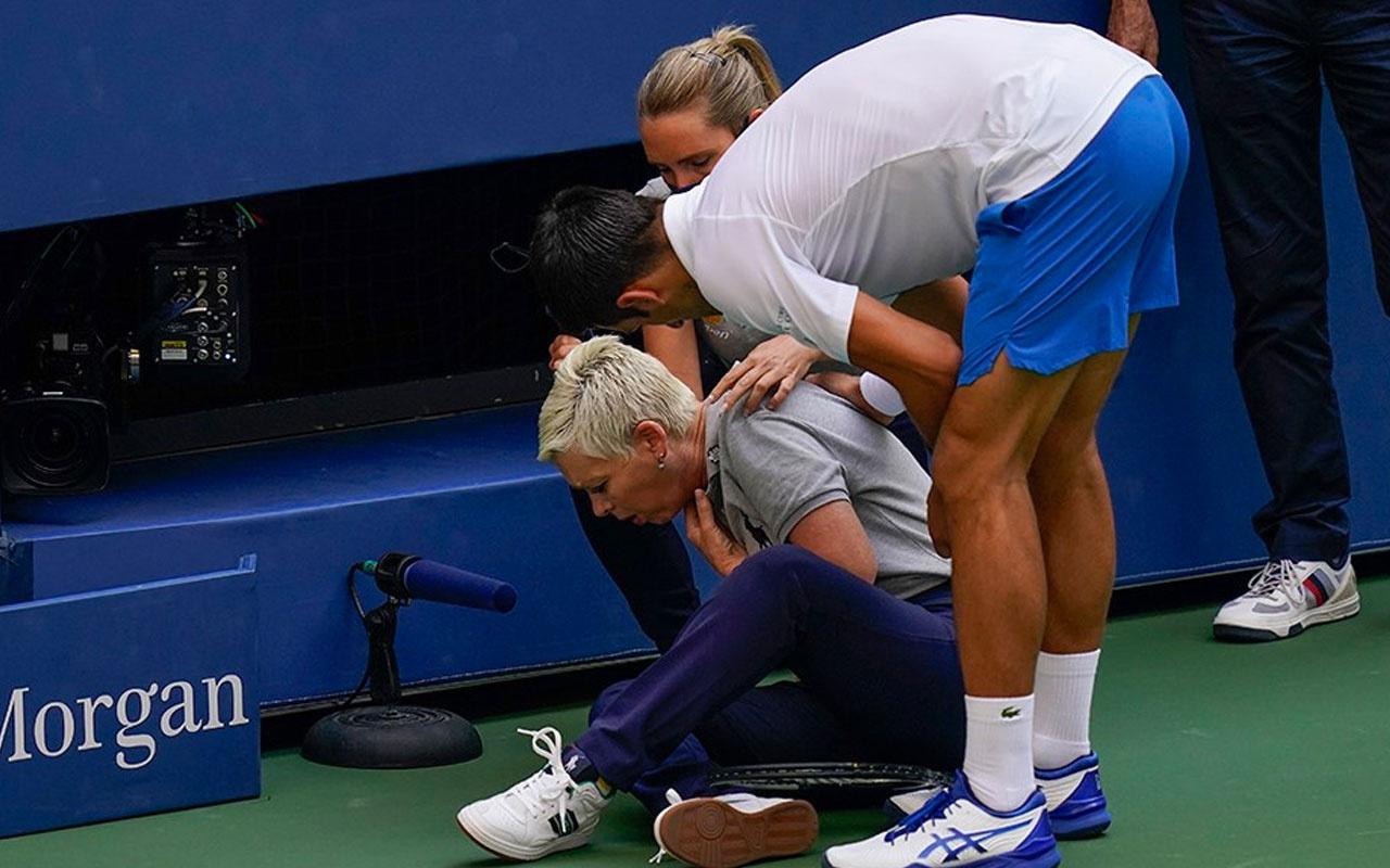 Novak Djokovic hakemin üstüne top attı diskalifiye edildi