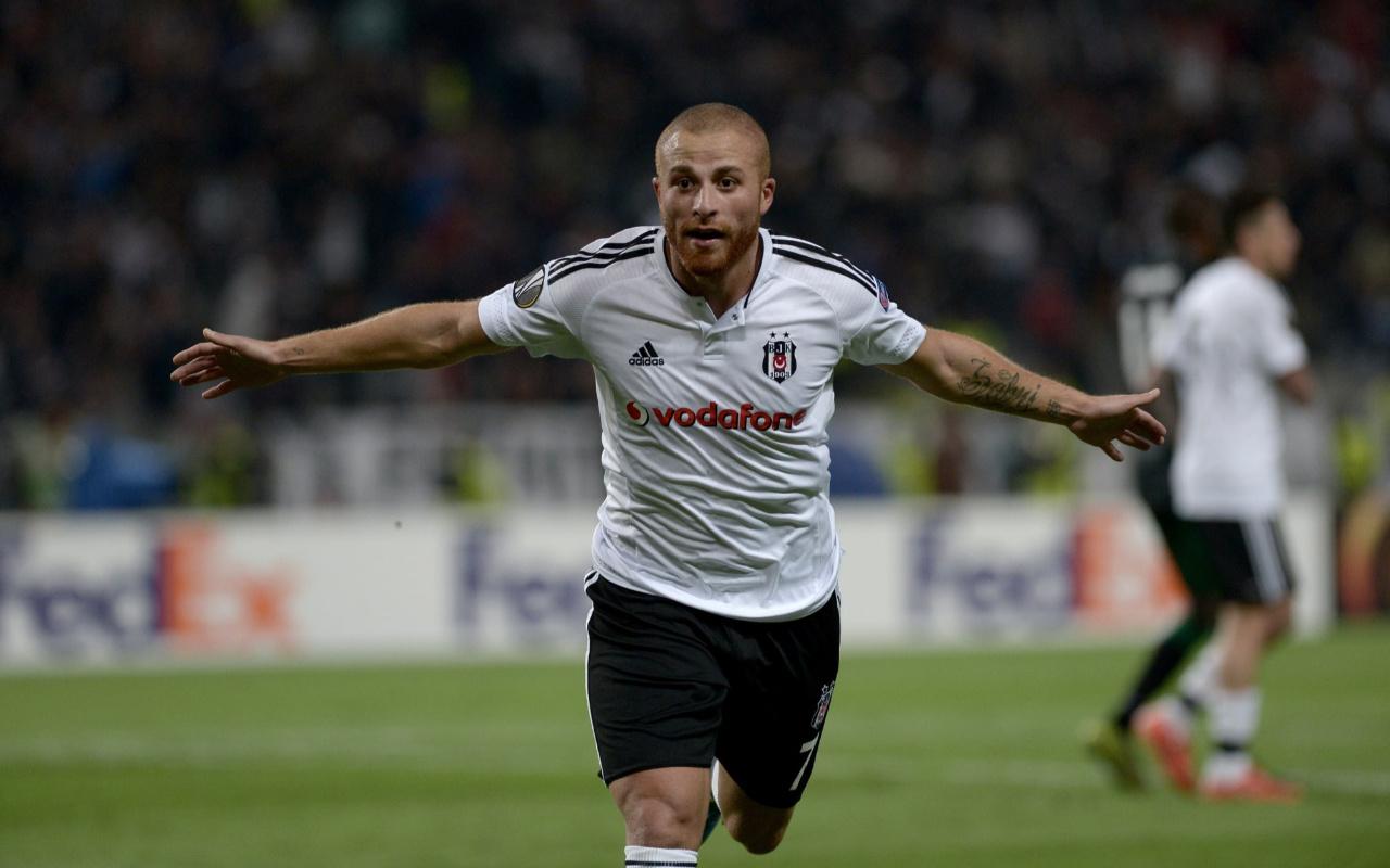 Gökhan Töre, Beşiktaş'a transfer oldu!