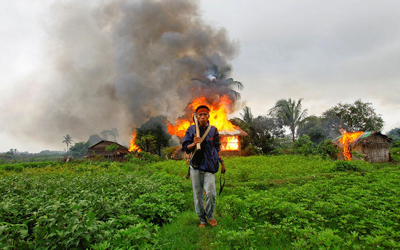 Myanmarlı askerlerden korkunç itiraflar: 20 köyü haritadan sildik