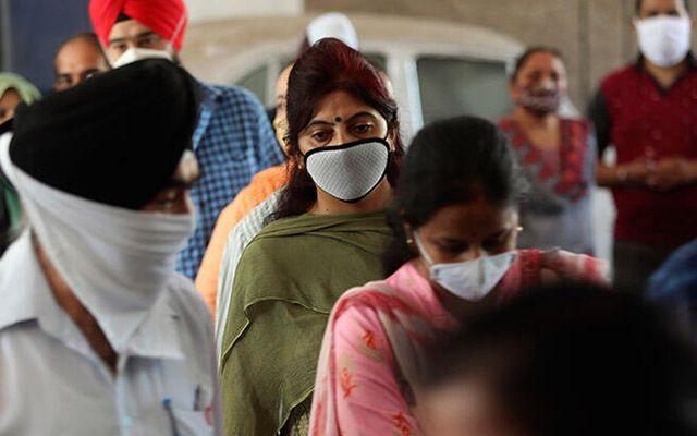 Koronavirüs salgınında ülkeler üst üste rekor açıkladı
