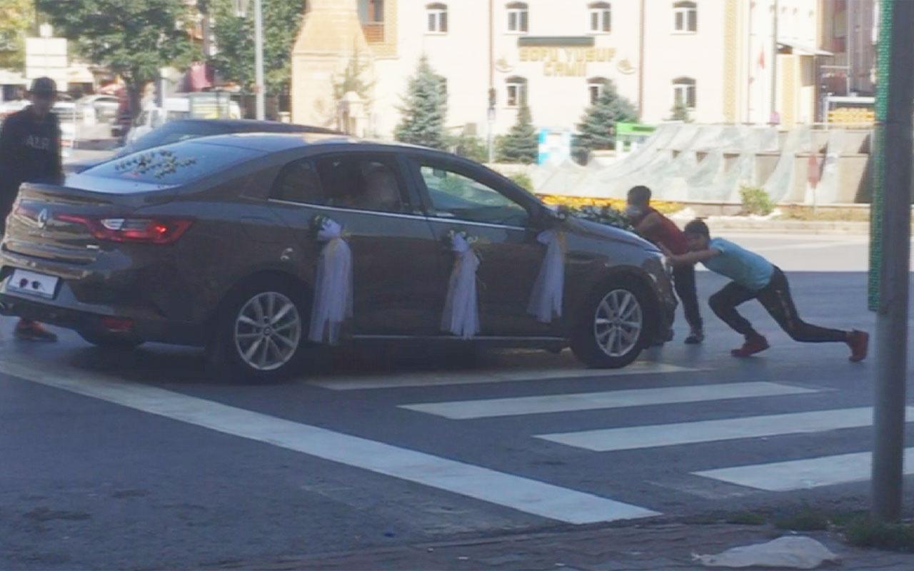 Sivas'ta gelin arabası iki çocuğu böyle sürükledi