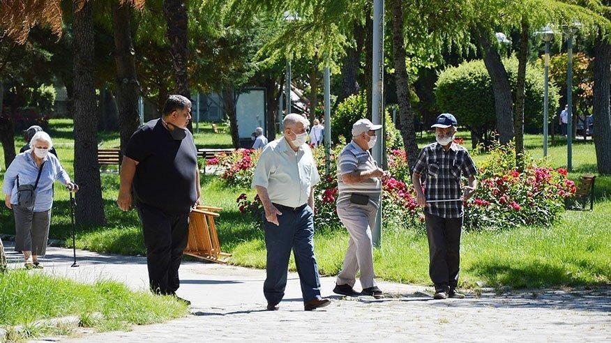 65 yaş üstüne sokağa çıkma yasağı geldi! Hangi illerde 65 yaş üstüne yasak var?