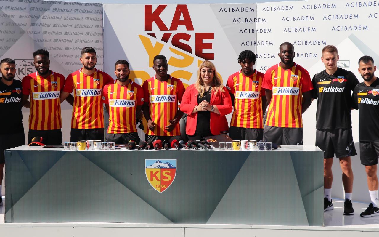 Kayserispor'da 9 isim imza attı