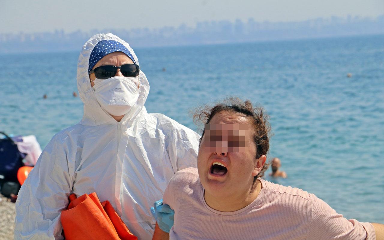 Antalya'da karantinadaki kadın plajda 'ölmek istemiyorum' deyip etrafa tükürdü